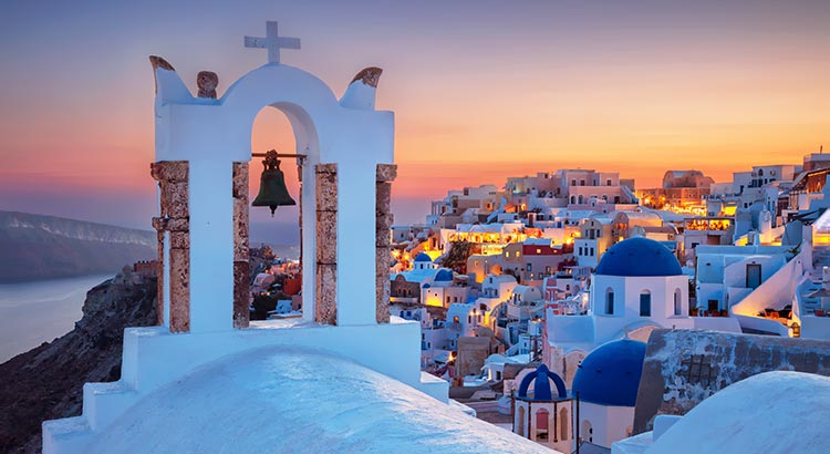 What Oia Santorini Offers when you visit