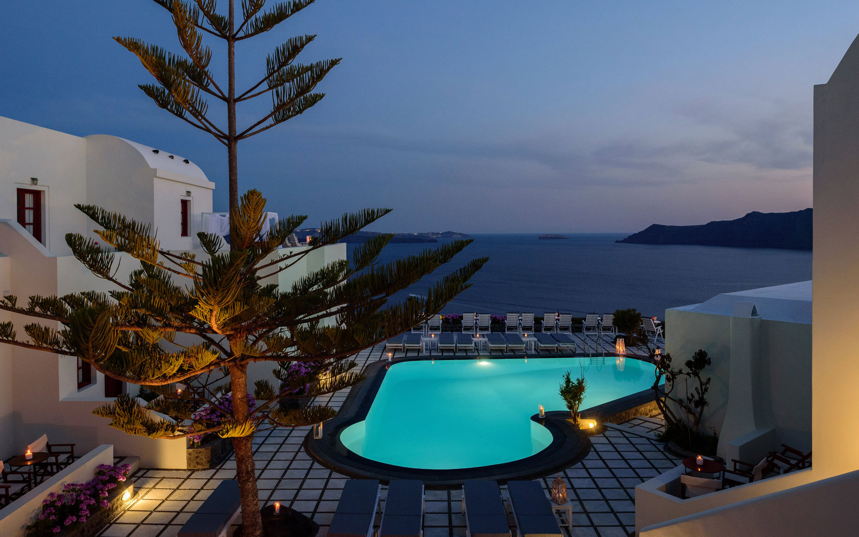Santorini Sunset from Nikos Villas in Oia