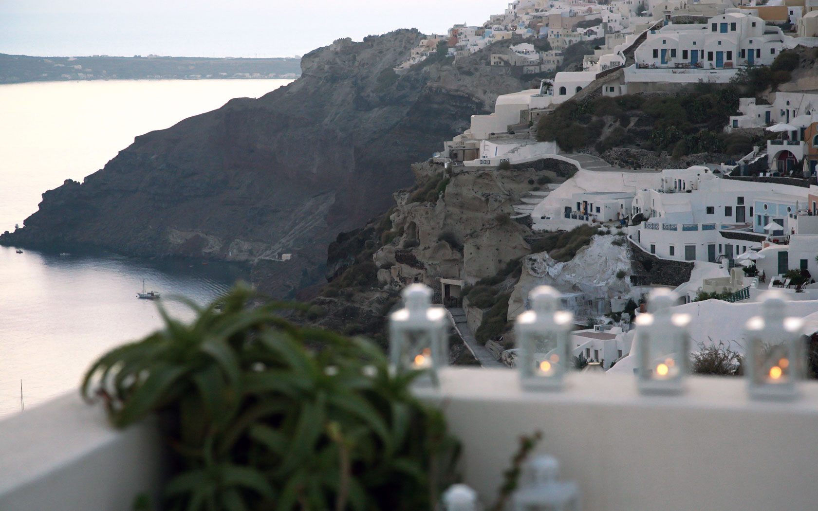 Romantic Weddings in Santorini